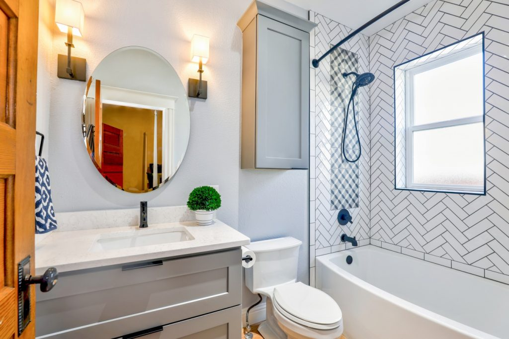 4 Signs it's Time for a Bathroom Remodel