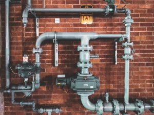 The Risks Associated with Low-Quality Commercial Plumbing Services